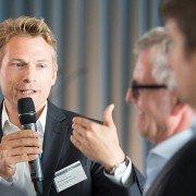 Matthias Biebl, rlvnt, im Gespräch mit WDR Redakteur Detlef Fintz und Marco Vollmann, Geschäftsleitung Öffentlichkeitsarbeit und Politik beim WWF Deutschland. (v.l.n.r.) Foto: Laurin Schmid